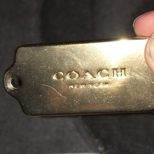 ☀️Coach golden logo tag (Authentic)☀️